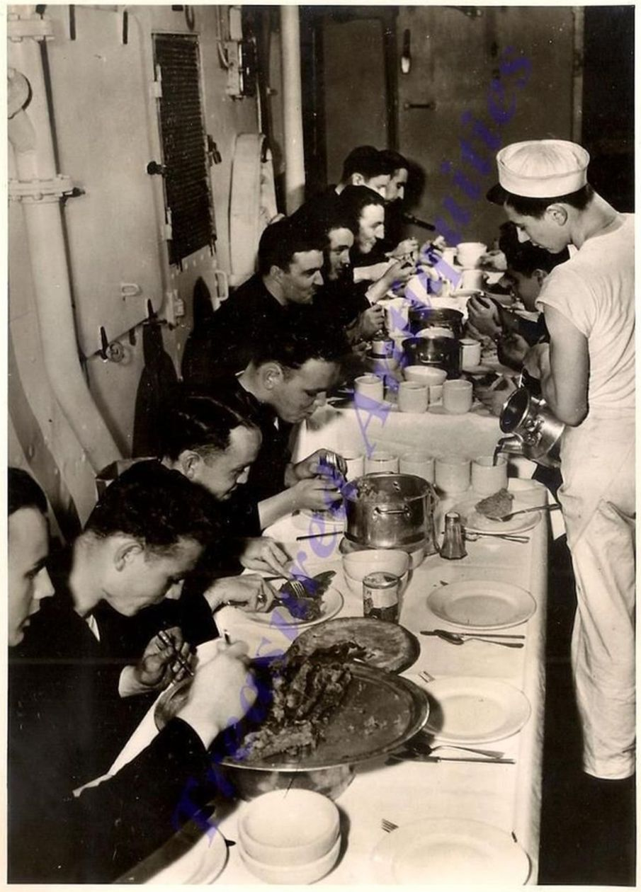us navy enlisted mess aboard uss new  york during WWII