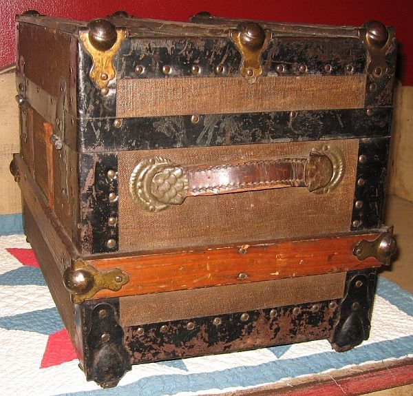 Antique Steamer Trunk #326 BEFORE