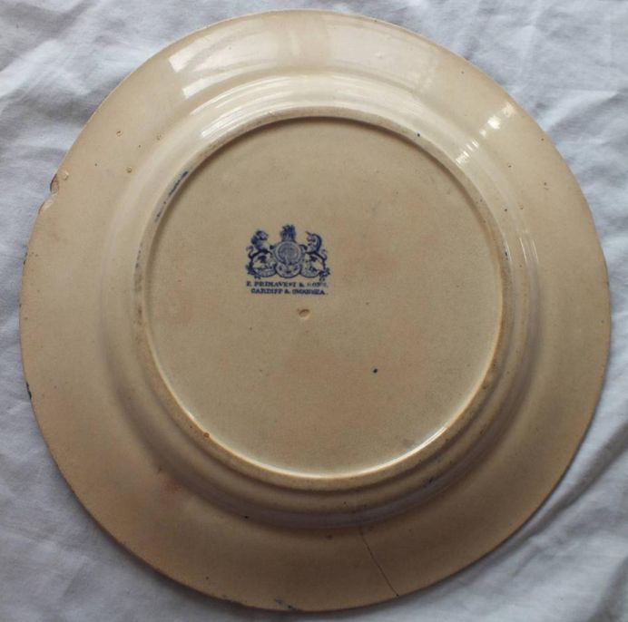 Mess No 1 british royal navy mess plate with Roses, Thistle, Clover, Flags and Anchor pattern